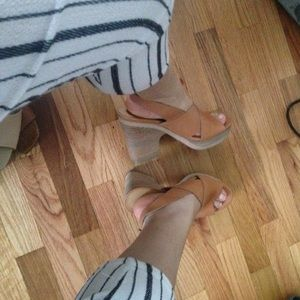 Chunky wooden heel leather lucky brand sandals